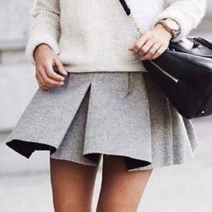 Zara wool pleated mini skirt NWT XS